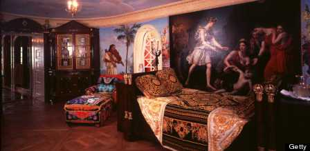 Versace Mansion 20 Amazing Facts About Gianni Versaces Casa Casuarina Heading To Auction