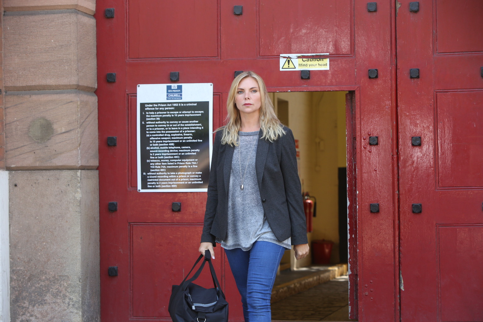 EastEnders Spoiler Ronnie Mitchell Leaves Prison And Kat Is Waiting PICTURES
