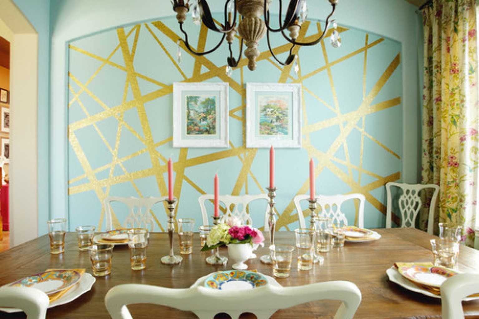 8 Incredible Interior Paint Ideas From Real Homes That Turn A Wall Into A Masterpiece PHOTOS