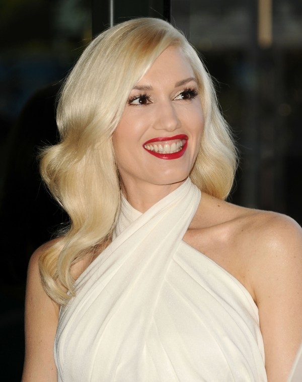 Gwen Stefani Pregnant With Child Report