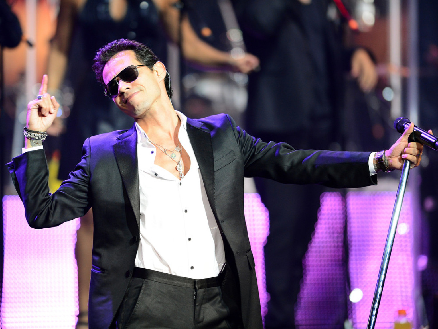 Marc Anthony's Greatest Hits To Celebrate The Salsa Superstar's Birthday (VIDEOS) | HuffPost