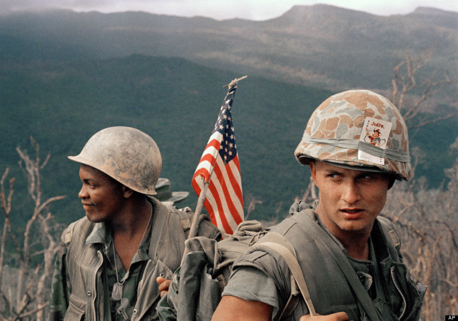 'Vietnam: The Real War' - Iconic Images Published In New ...