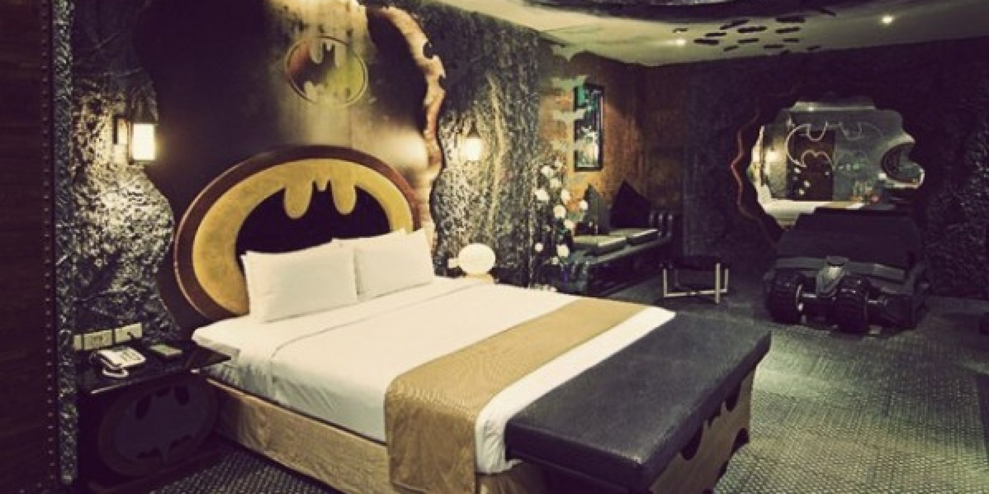 Batman Hotel Room In Taiwan Is All You Need For A Good
