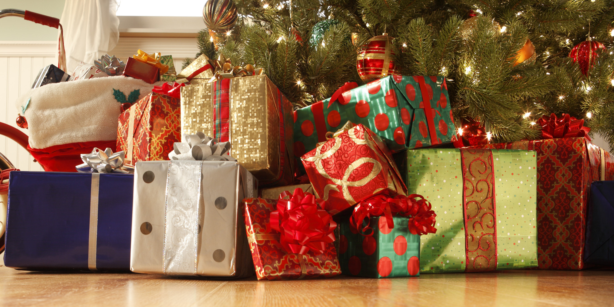 ThreeGift Christmas Parents Try To Bring Some Reason To