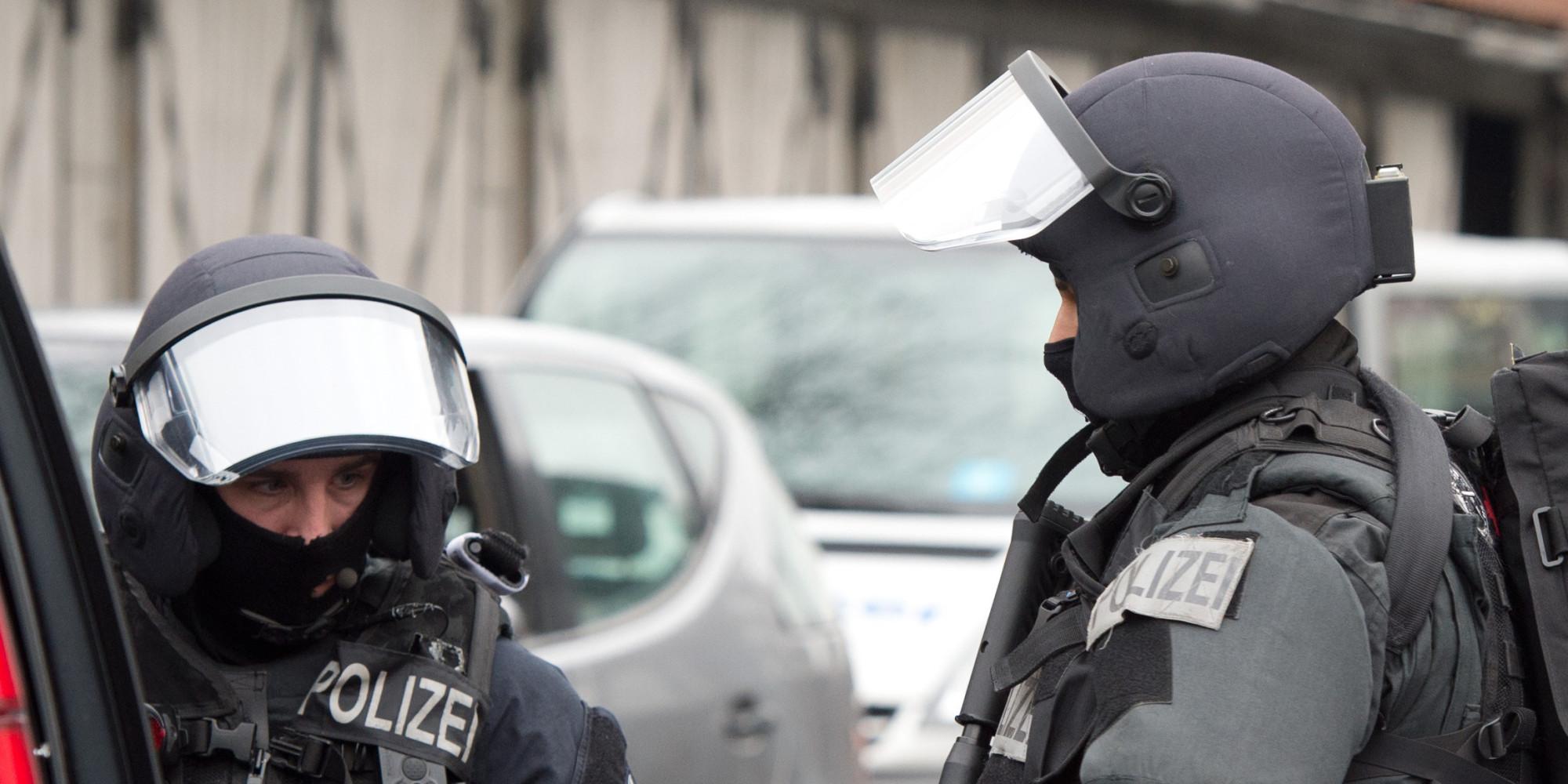 Geiselnahme in Frankfurt Mann hlt Frau in seiner Wohnung