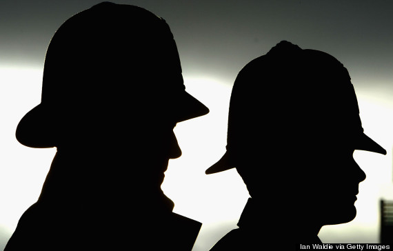 Metropolitan Police Officers Caught Helping Criminals Selling Confidential Information
