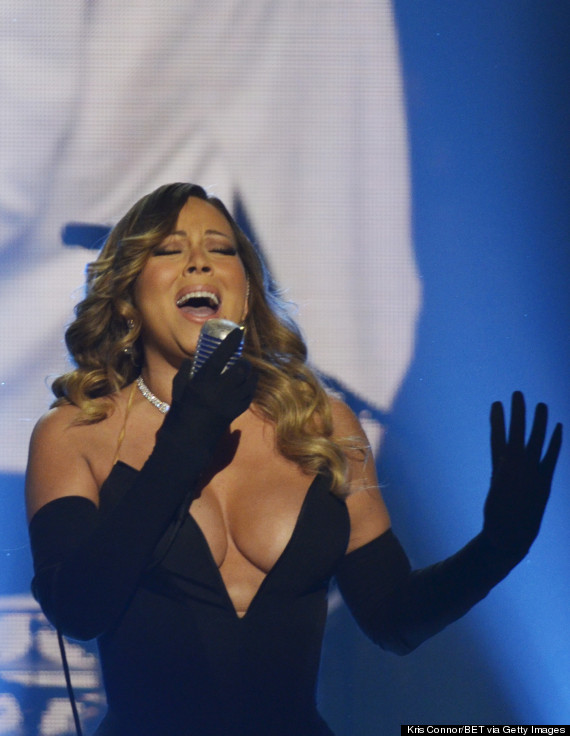 Mariah Carey Channels Jessica Rabbit In Plunging Dress