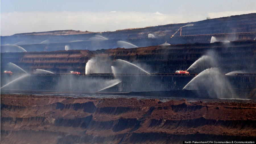 australia coal mine fire 7