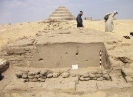 3,300-year-old tomb of the ancient Egyptian capital's mayor.