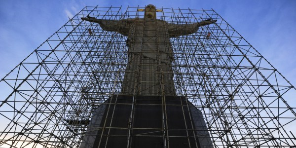Biggest Travel Bummer Monuments