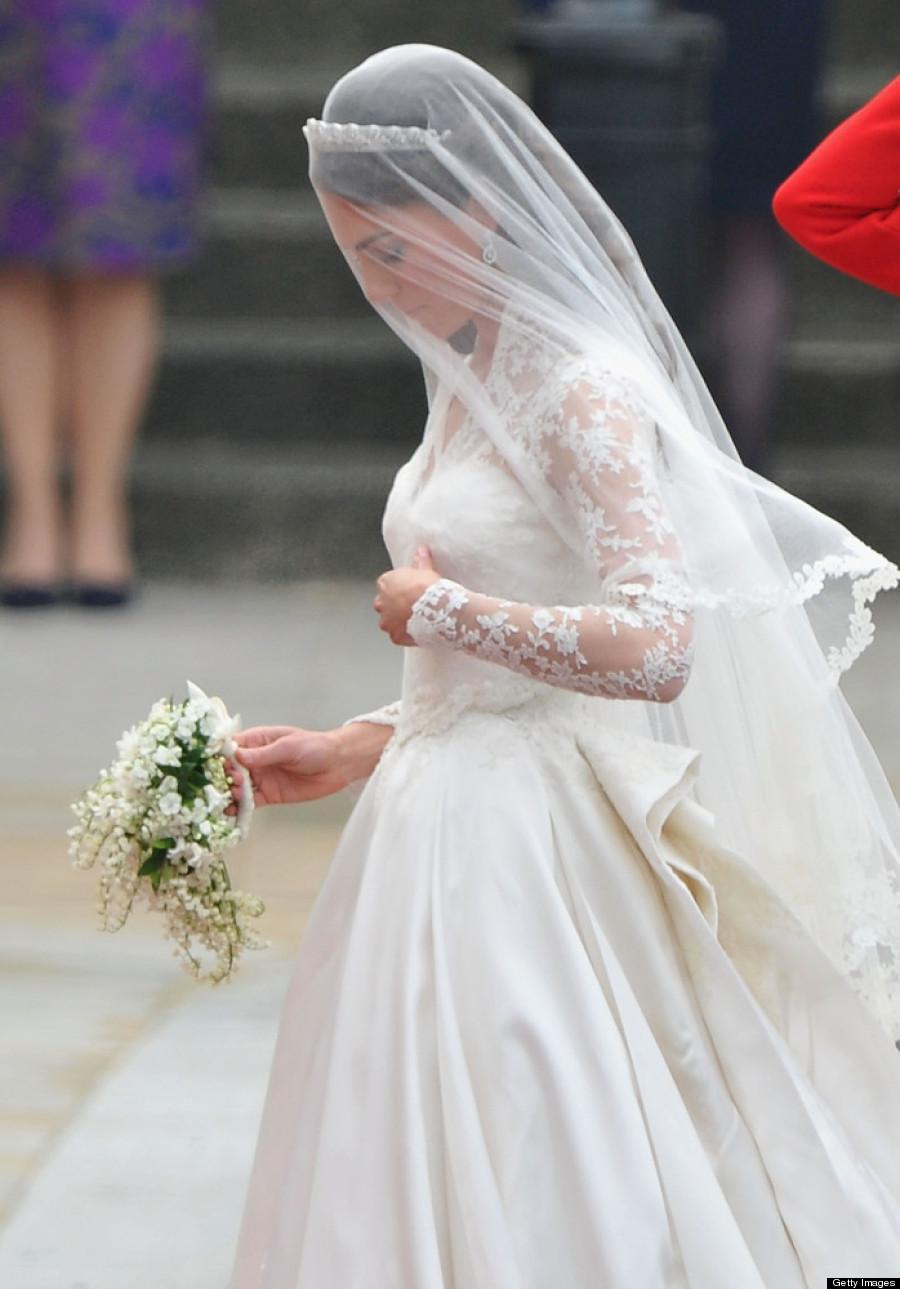Kate Middleton' Wedding Dress Holds