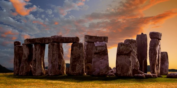 Stonehenge Discovery 'blows Lid ' Theories