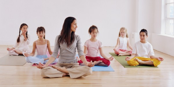 8 Ways Teach Mindfulness Kids Huffpost