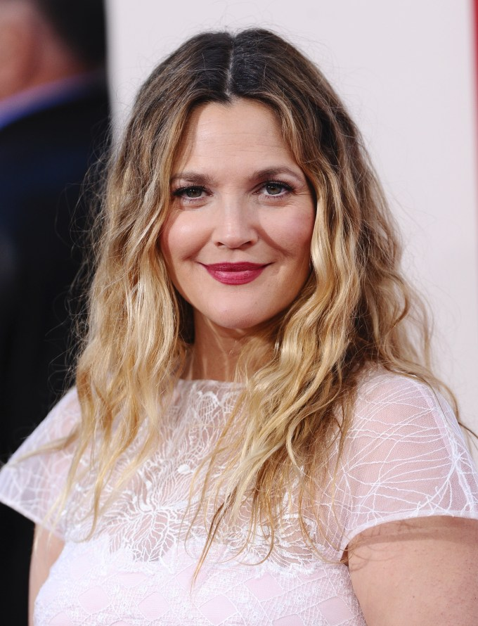 here's how you can tame your wavy, rebellious hair this summer