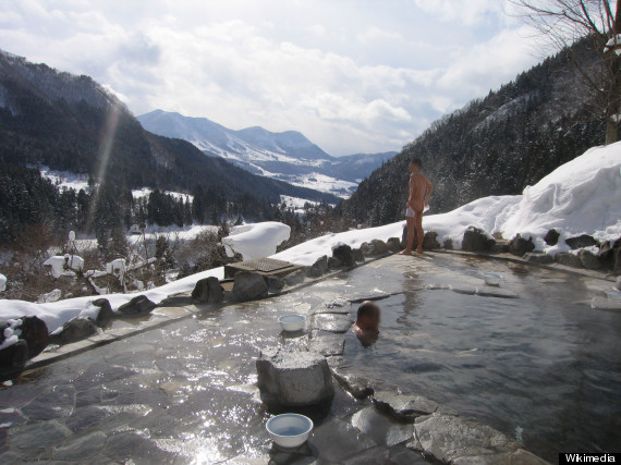 snow onsen