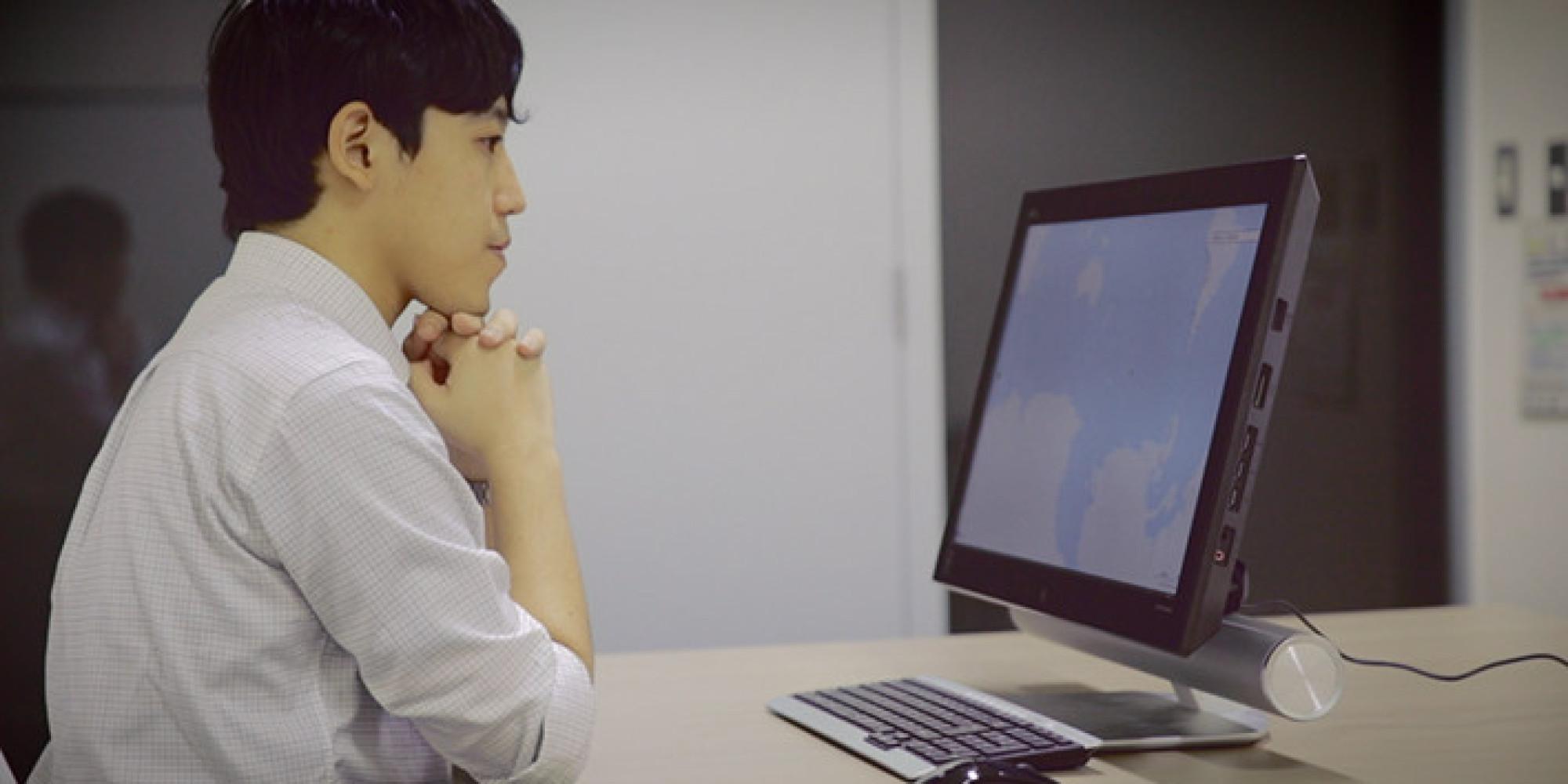 視線の動きから人の興味や行動を予測する技術で広がる「ビジネスの可能性」 | FUJITSU JOURNAL (富士通ジャーナル)