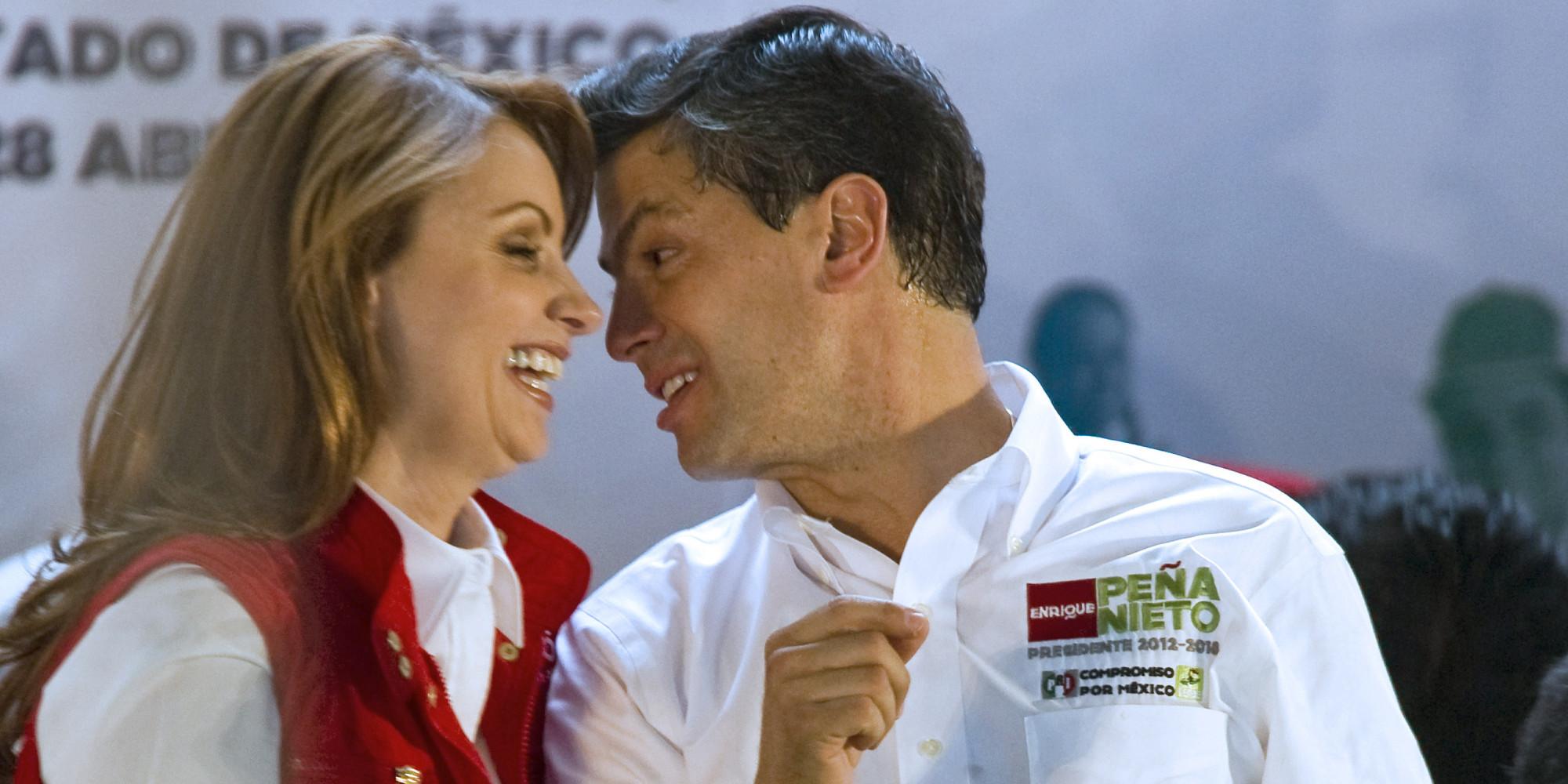 Anglica Rivera ya casada con Pea Nieto liquid una hipoteca de 13 millones de dlares en Miami Univision  HuffPost