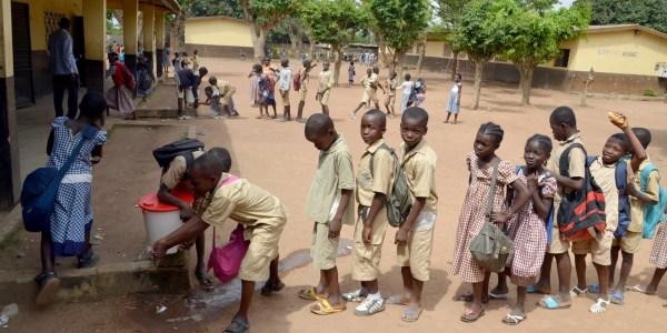 Radio Classroom Bring Learning Ebola Zone