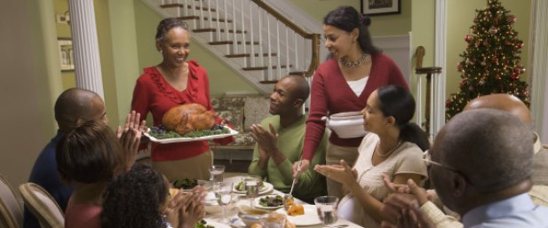 FAMILY HOLIDAY DINNER DIVERSE