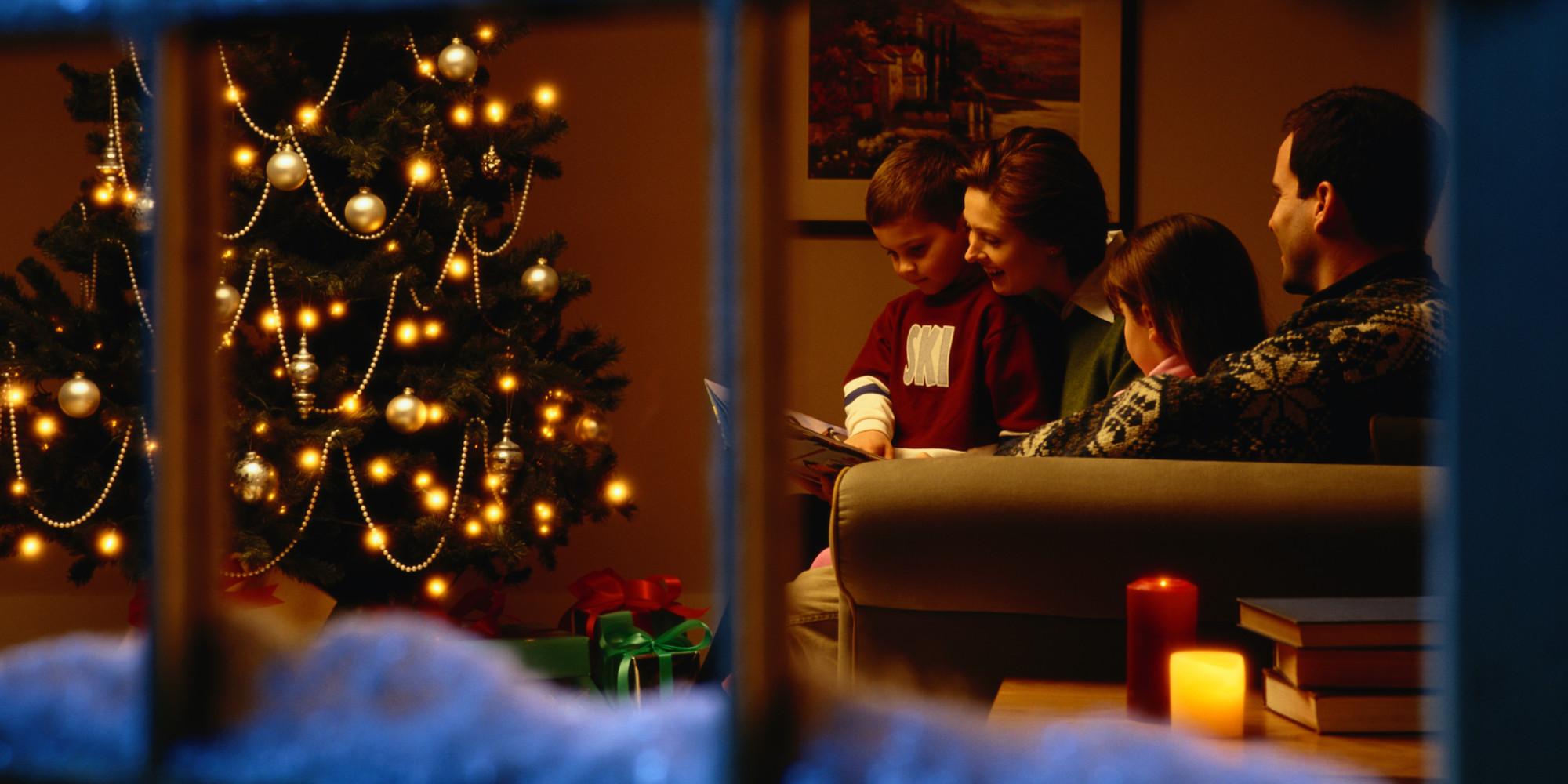 The Most Festive And NotSoFestive Christmas Scenes