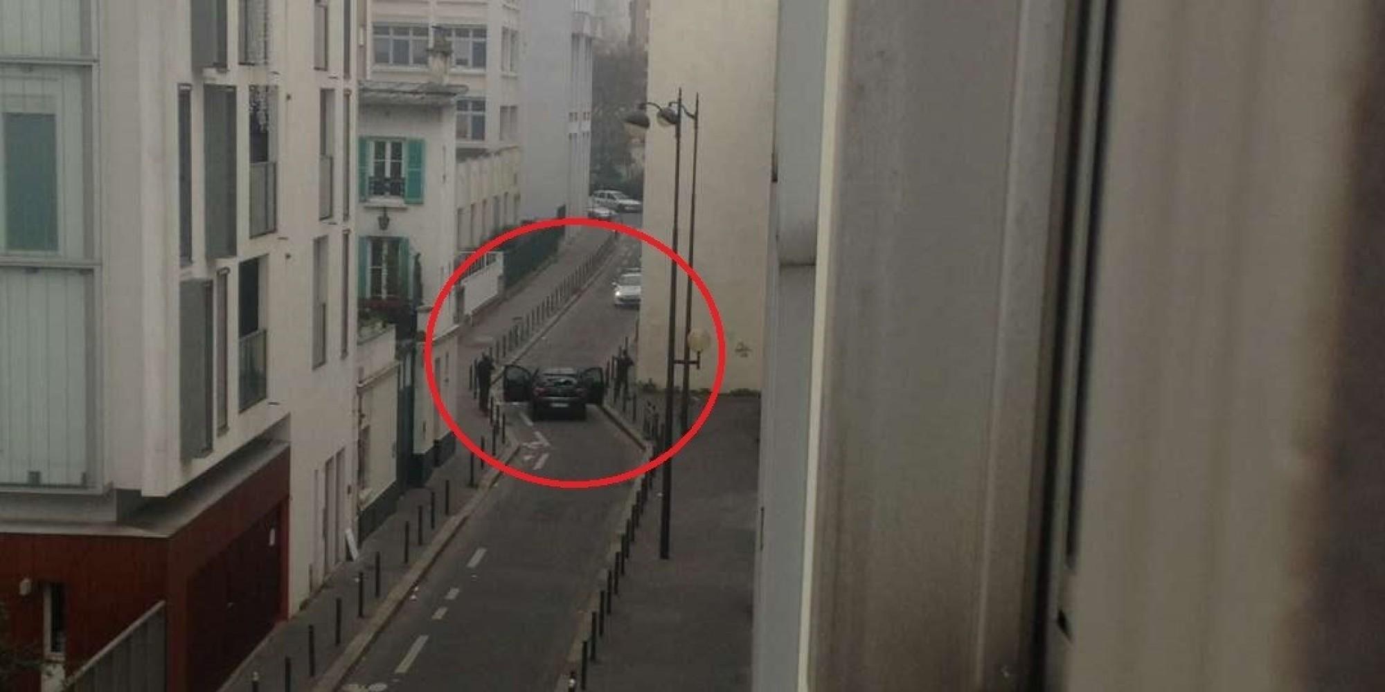 Parigi il video dellattentato al giornale satirico Charlie Hebdo VIDEO