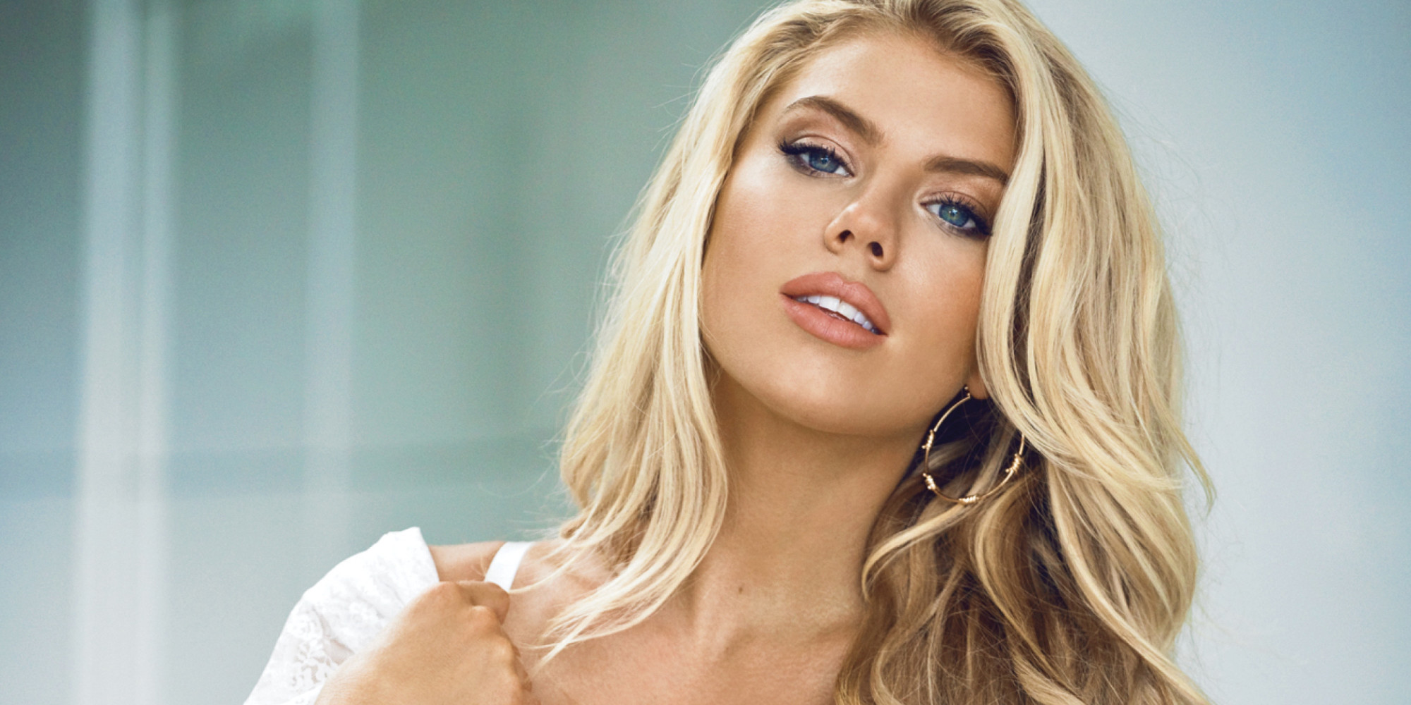 Gta Girl Gun Desktop Wallpaper Charlotte Mckinney Gives Victoria S Secret A Run For Its