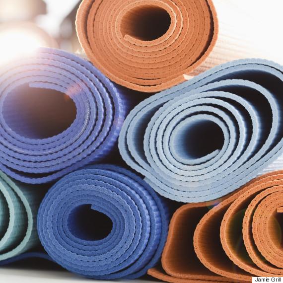 Quel Tapis De Yoga Choisir 7 Choses Savoir Avant De Se