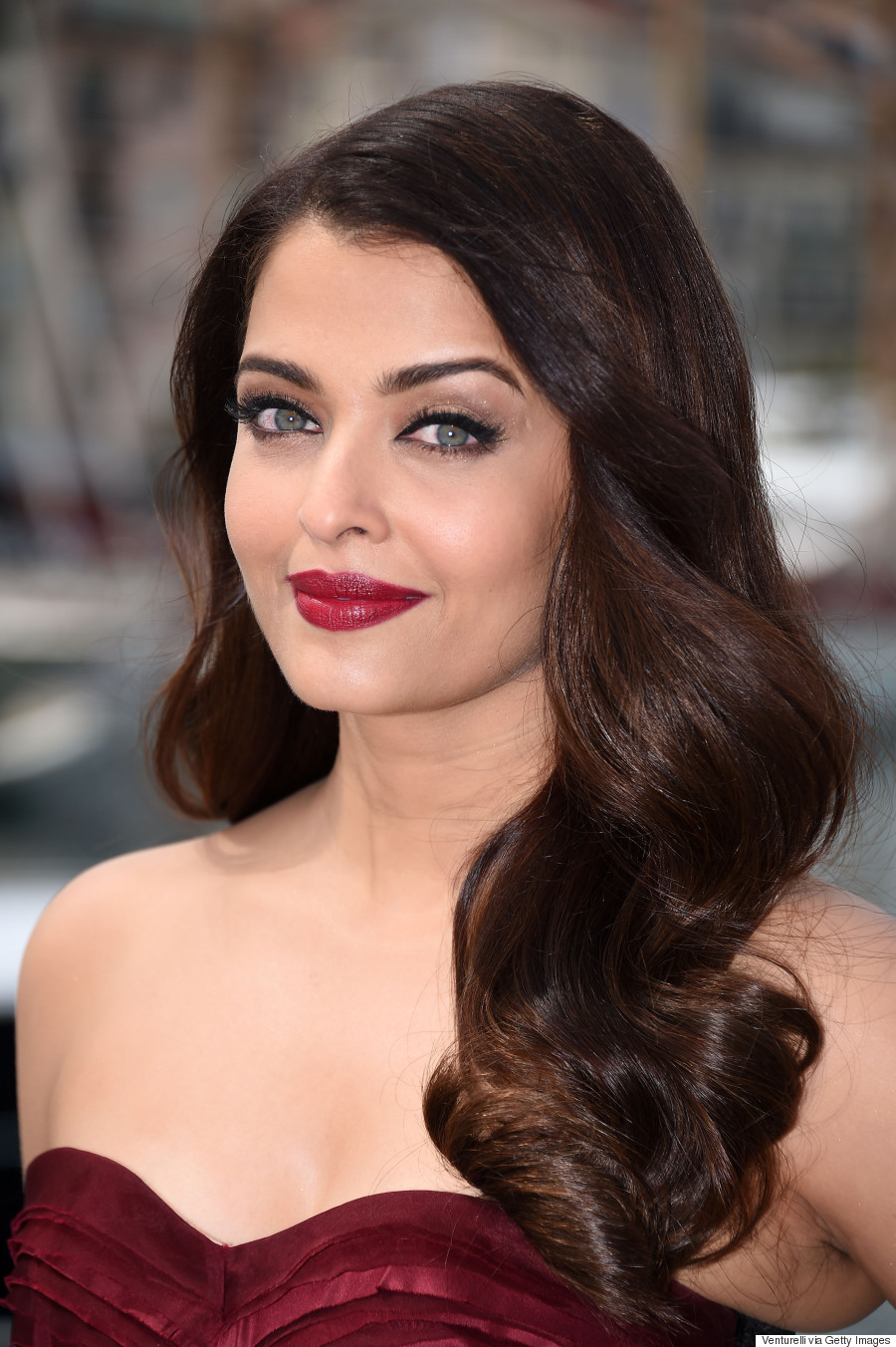 Aishwarya Rai Delivers The Drama At Cannes Film Festival