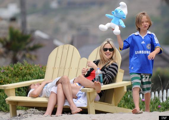 Kate Hudson Matt Bellamy Relax In Malibu PHOTOS  HuffPost