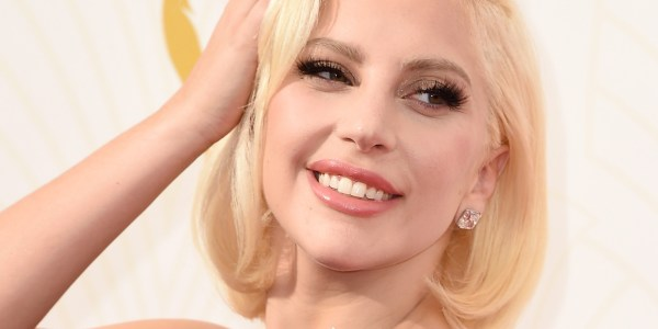 Emmys 2015 Lady Gaga Leads Glamour With Flawless Toned- 'downton Abbey' And