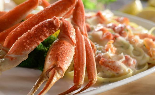 What Dietitians Would Eat Red Lobster