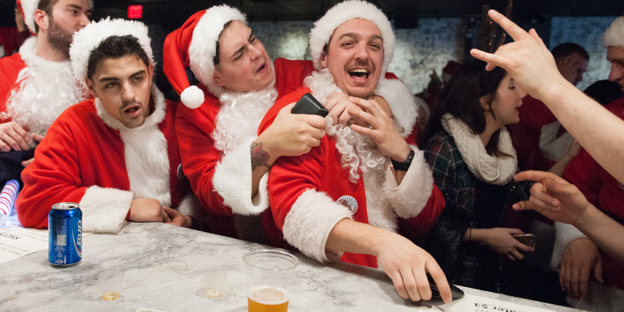 Top 5 Christmas Drinking Games  Huffpost Uk