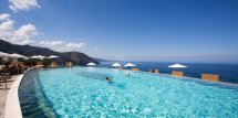 8 Beautiful Hotel Pools Find In Europe Huffpost