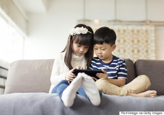 asian girl tablet