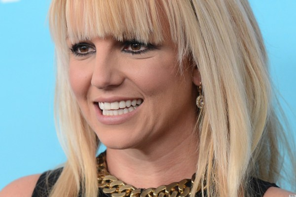Britney Spears' Hair Leaves Wondering Singer Wearing Wig Poll Huffpost
