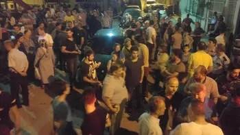 Tehlikeli gerginlik... Palalı saldırganlar mahalleyi birbirine kattı