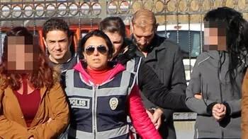 Sivas'ta yüz kızartan operasyon... 'Koli geldi, müsaitsen gel'