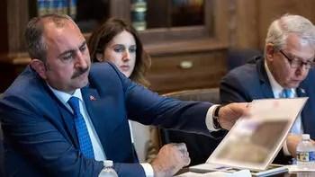 Adalet Bakanı Gül'den ABD'ye FETÖ eleştirisi: Kabul edemeyiz...
