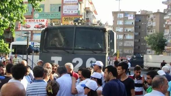 Diyarbakır'da KESK'lilere müdahale: 28 gözaltı