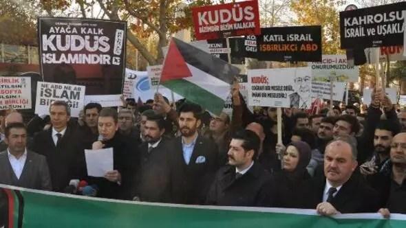 Denizlide Kudüs protestosu