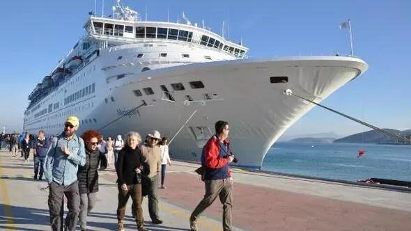 kruvaziyer gemisi Kuşadası'nda ile ilgili görsel sonucu