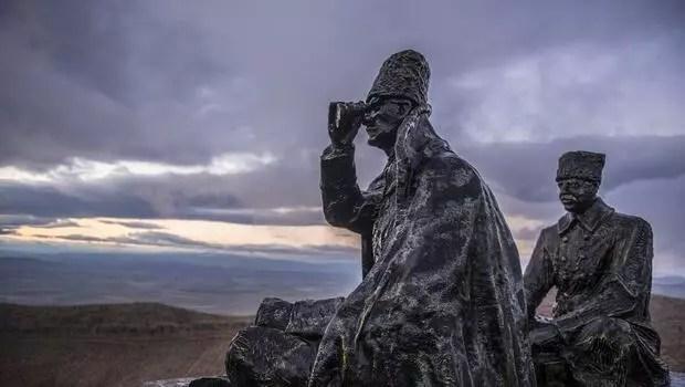 Tarihi keşif: Kefensiz yatan binlerce kahramana ulaşıldı