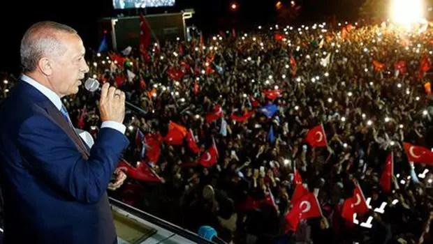 Erdoğana seçim tebrikleri sürüyor