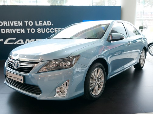 all new camry singapore agya 1.2 g mt trd toyota hybrid photos pictures stcars