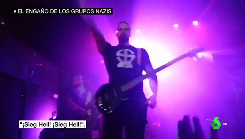 Esvásticas y gritos de 'Sieg Heil' en un concierto neonazi de la sala Caracol