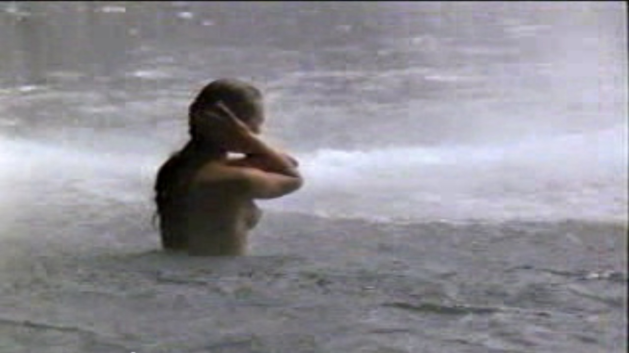 Return to the Blue Lagoon Movie Screenshot