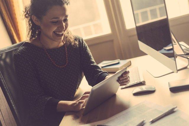 El ritmo de crecimiento de las emprendedoras duplica al de los hombres en 2018