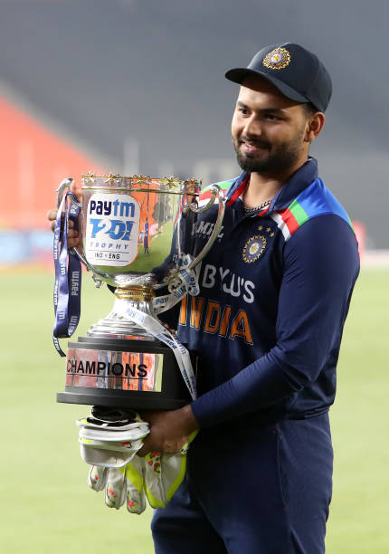 -Rishabh-Pant-of-India-poses-with-the-trophy-after-victory-in-the-5th-T20-In