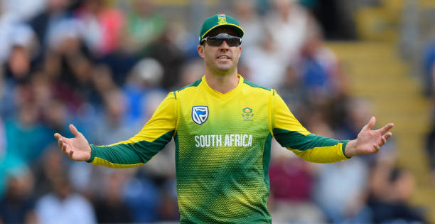 CARDIFF-WALES-JUNE-25-South-Africa-captain-AB-de-Villiers-reacts-during-the-3rd-Nat-West-T20-Interna