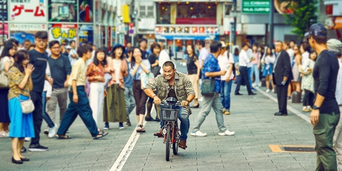 Detective-Chinatown-3-2